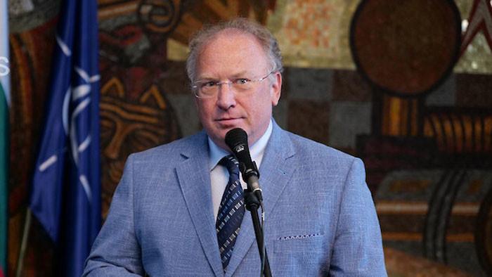 Стоев: Промените в конституцията е един от пътищата за решаване на проблемите на българите в РСМ