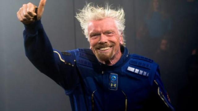 Конгресмен предлага данък върху милиардерите, летящи в космоса