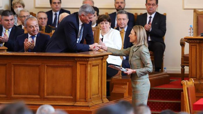 Григор Лилов: Защо Митева стана председател на парламента?