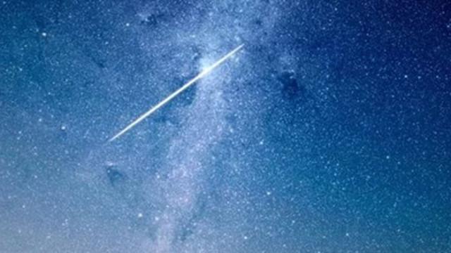 Необичайно голям метеор мина над Норвегия