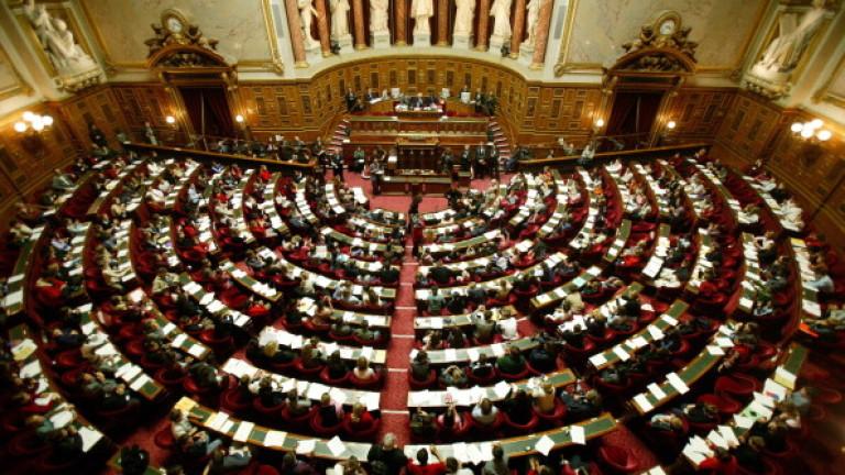 Френският Сенат прие по-строгите мерки срещу COVID-19
