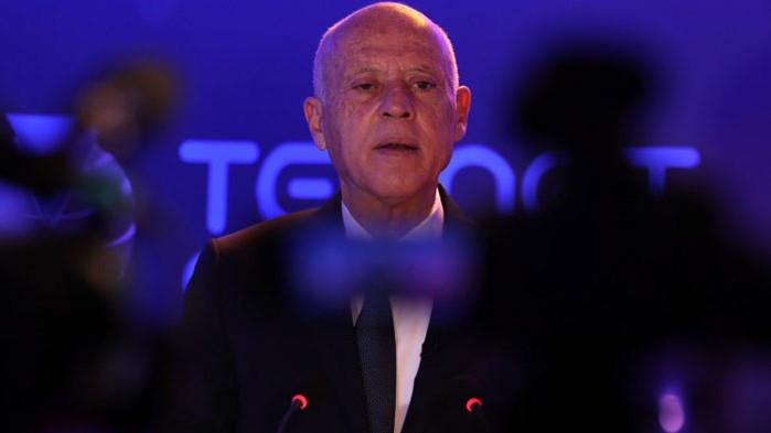 Президентът на Тунис спря работата на парламента и уволни премиера
