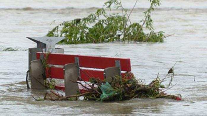 Европейски медии: Наводнения имаше и в Лондон, какво ни очаква занапред