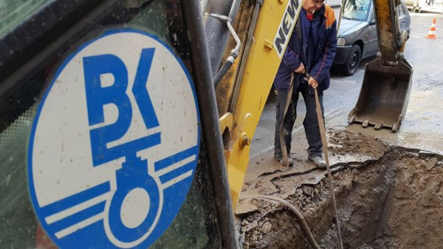 Затварят за движение участъци във Варна поради отстраняване на ВиК авария