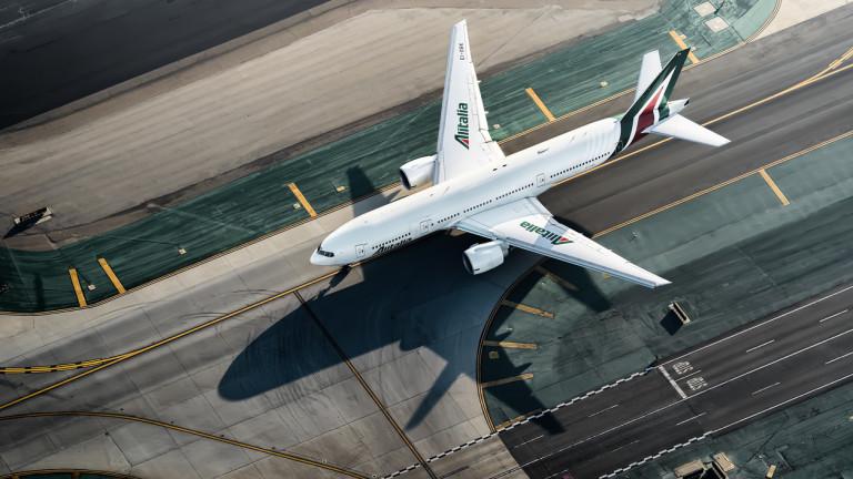 Най-новата авиолиния в Италия се подготвя за излитане, пише Politico.