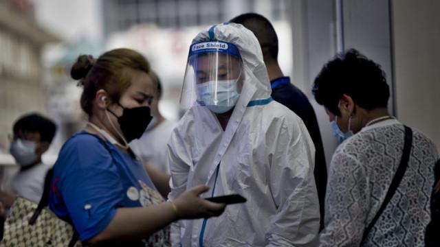 Китай тества над 9 млн. души в Нанкин: Ново Covid огнище, най-лошото след Ухан