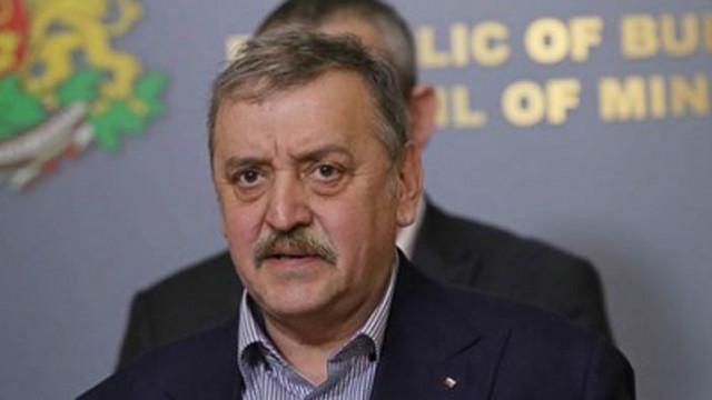 Кантарджиев: През май контролирахме заразата най-добре в Европа, сега я изпуснахме
