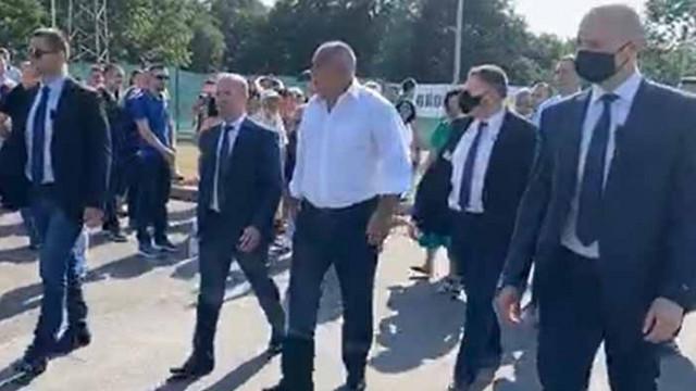 Борисов инспектира пречиствателна станция в Китен (Видео)