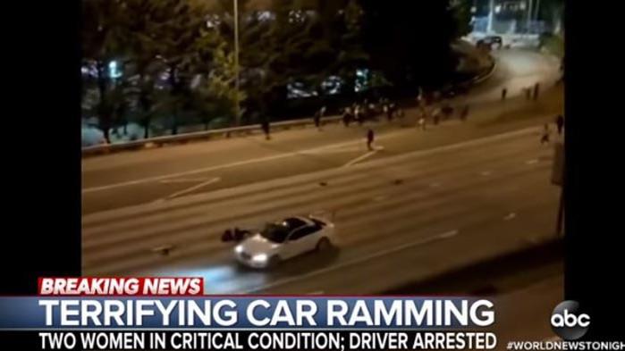 Мъж вряза колата си в протест в Сиатъл, уби жена и рани друга (ВИДЕО)