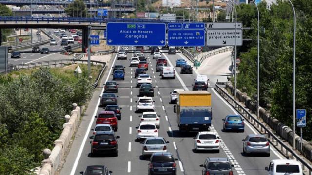 Псувни, липса на дистанция и клаксони – някои особености на европейските шофьори