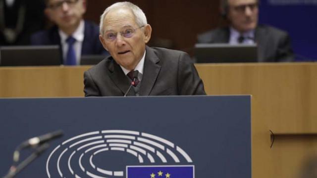 Волфганг Шойбле: ЕС трябва да стане от паричен в икономически съюз