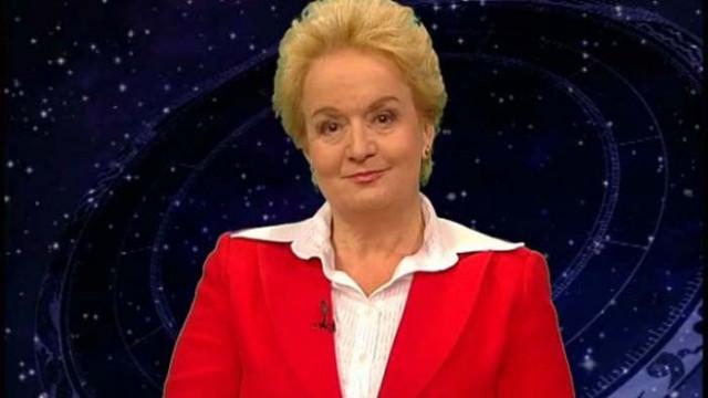 Алена: COVID-19 избухна по време на ретрограден Меркурий! Ще има възмездие за виновните!
