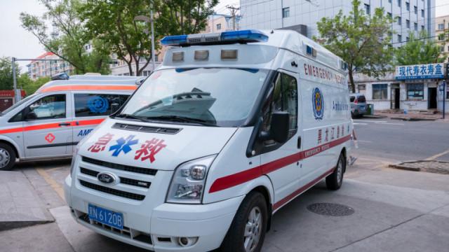 Автобус падна в езеро в Китай, най-малко 21 загинали