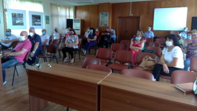 Народният представител от ГЕРБ Павел Христов се срещна с партийни активи в Аксаково и Провадия