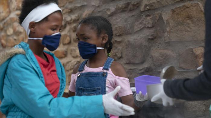 Над 489 000 случая на COVID-19 в Африка