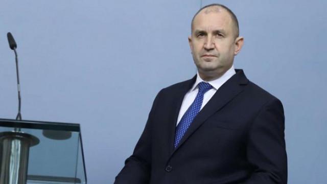 Маневри: Радев обвини Борисов, че подопечната му НСО охранява Пеевски и Доган