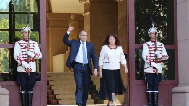 """Институционално падение: Президентът обяви правителство и прокуратура за """"мафия"""", зове за преврат"""
