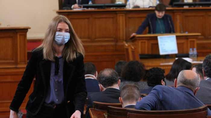 Милена Дамянова: Демокрацията не търпи хора, които бранят търговията с влияние