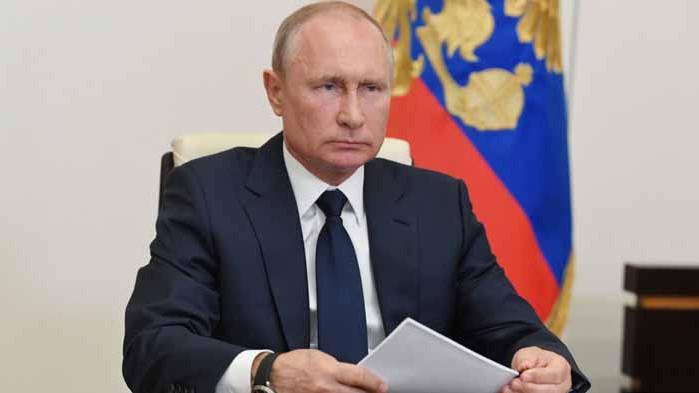 Путин: В общуването с партньорите не трябва да изглеждаме като смахнати