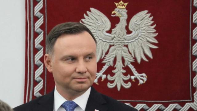 Руски комици преметнаха полския президент по телефона