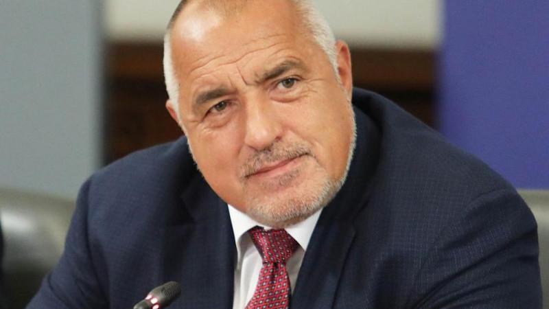 Борисов поиска оставките на трима министри