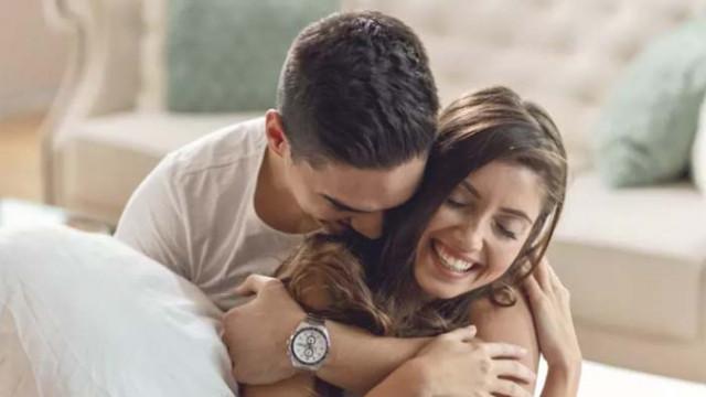 Защо жените, които имат по-млади мъже, са по-щастливи?