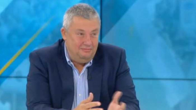 Илия Лазаров: Изходът от сегашната ситуация е смяна на модела чрез ВНС и Нова Конституция
