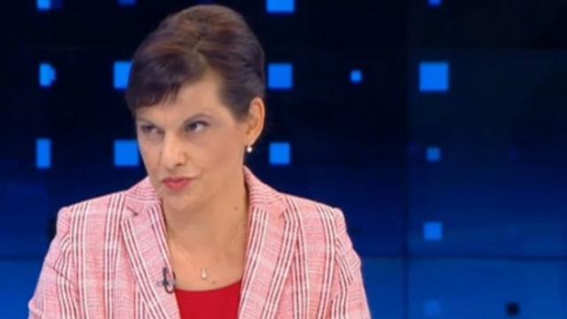 Дариткова: Безотговорно е да тласнем България към друга криза със служебен кабинет