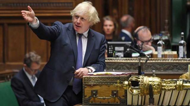 Джонсън призовава британците да се връщат в офисите