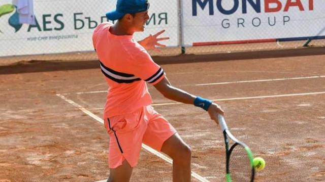 Лазаров с четвърта поредна победа без загубен сет в Белград