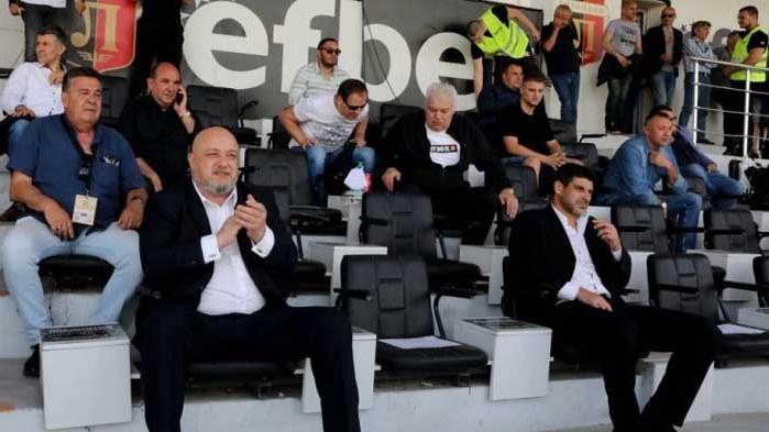 Министър Кралев: Разчитахме на съвестта на феновете, но не спазиха мерките