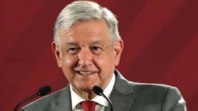Мексиканският президент дарява четвърт от заплатата си за здравната система