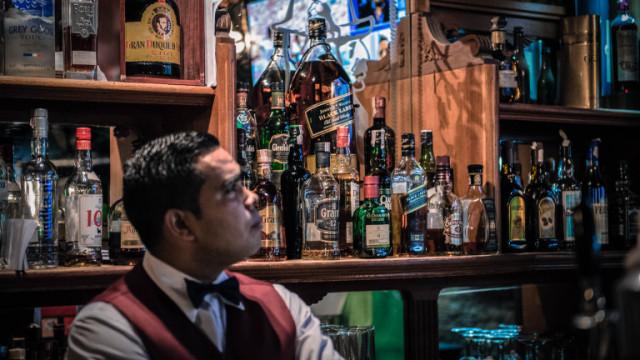 """McDowell""""s, Officer""""s Choice, Imperial Blue - най-продаваните марки уиски в света"""
