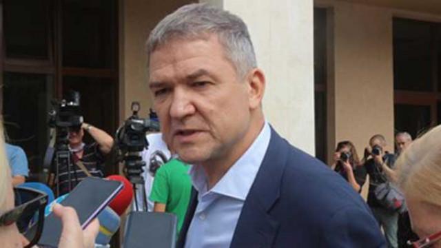 Бобоков наел американски лобисти да защитават версията му във Вашингтон