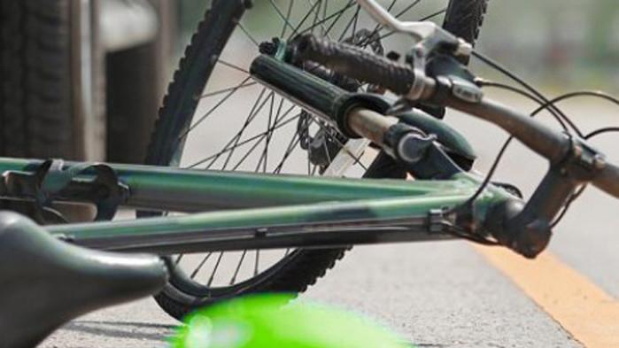 Блъснаха 25-годишен велосипедист във Варна, отърва се с контузии