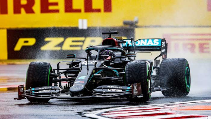 Хамилтън изравни Шумахер по победи в Унгария