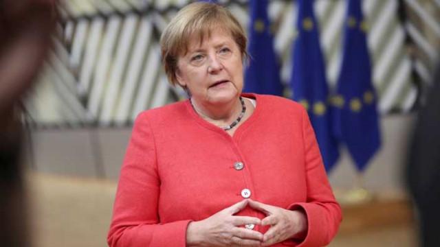 WSJ: Решаващата роля на Меркел за бюджета на ЕС