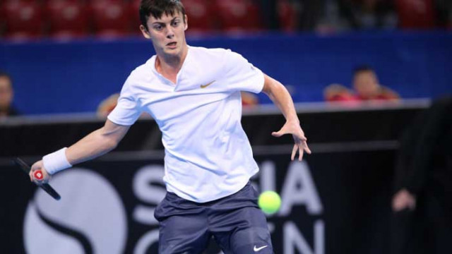 Алекс Лазаров продължава с победите в Белград