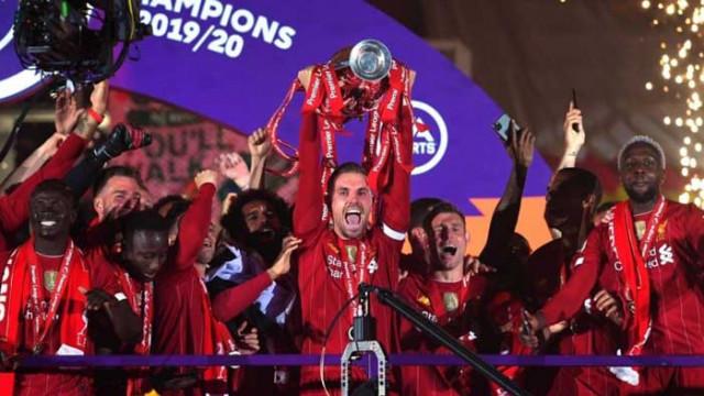 Ливърпул вдигна отново титлата след 30 години чакане