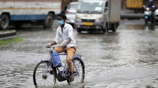 COVID-19: Индия с нов рекорд - близо 50 000 заразени за денонощие