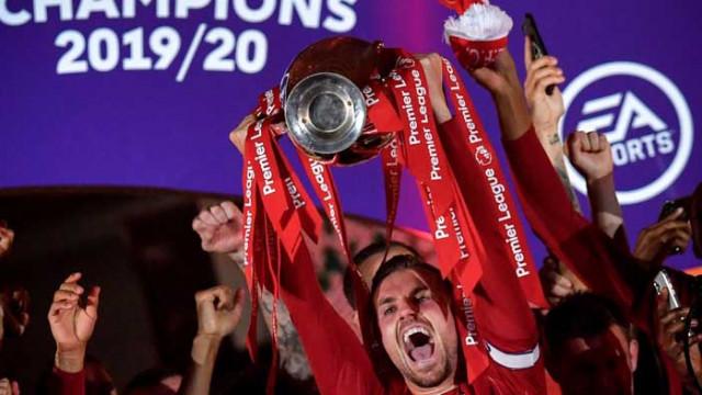 Хендерсън е футболист на сезона в Англия във версията на журналистите