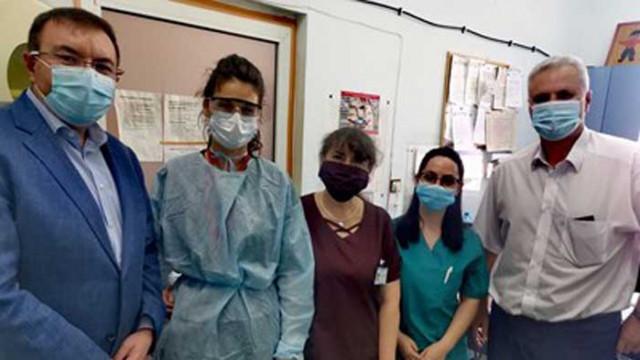 Новият здравен министър на изненадваща обиколка по болници в страната