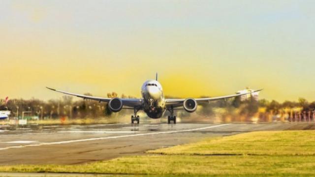 ЕК одобри субсидията от 35 евро на седалка за чартърните полети до България