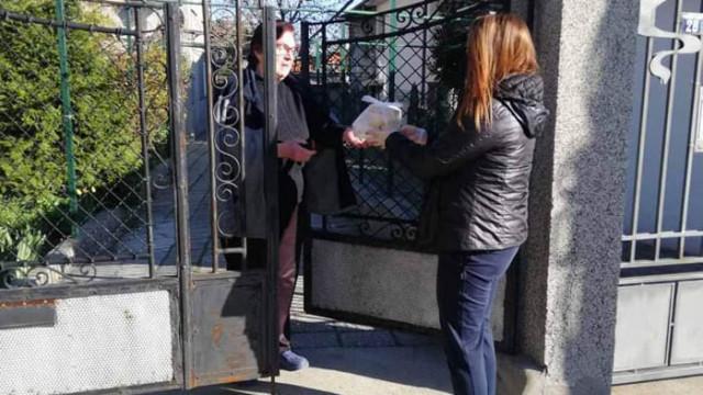 """Удължават срока на """"Топъл обяд"""" за 200 души от община Асеновград"""