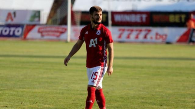 ЦСКА чака най-добра оферта за Малинов