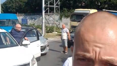 Ето кой блокира Аспаруховия мост във Варна