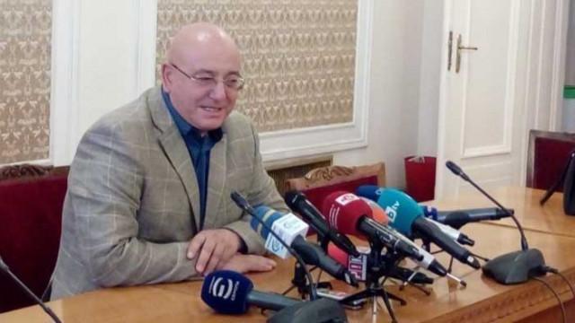 Емил Димитров: Лъжа е, че точим ВЕЦ-ове, за да произвеждаме ток, с протести язовир не се пълни