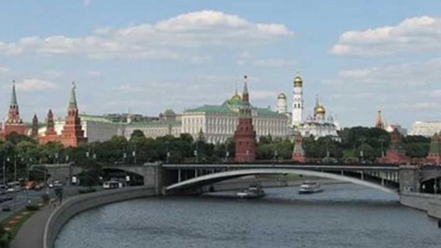 Москва: САЩ вредят на мира на Балканите, като въоръжават Прищина