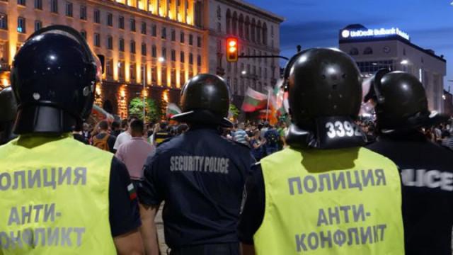 Полк. Занев: Без агресия на протестите