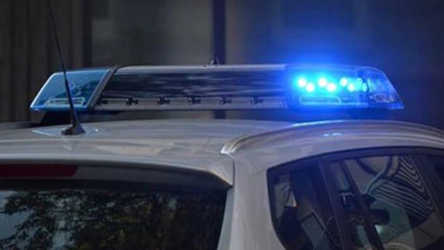 Автомобил се вряза в тълпа във Франция, 13 са ранени